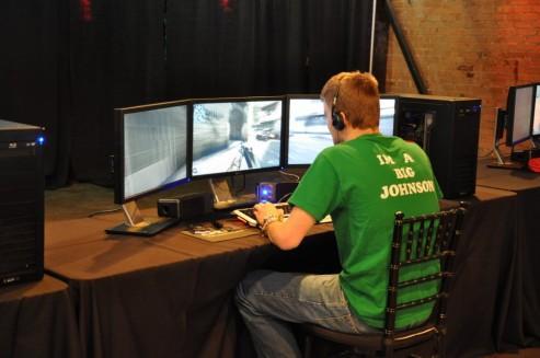 Nvidia'nın 3DVision Surround teknolojisi pahalı bir hayal kırıklığı mı ?