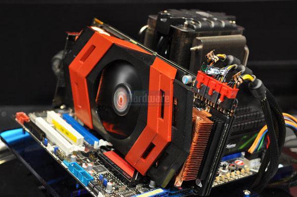 Asus Radeon HD 5870 X2 (Ares) test sonucuyla birlikte göründü