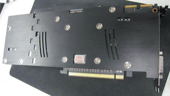Asus'un 2GB GDDR5 bellekli Radeon HD 5870 Matrix modeli göründü