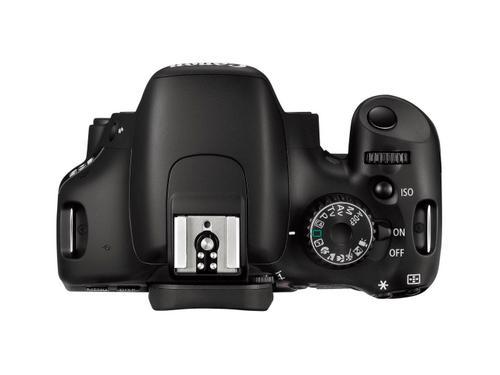 Dijital kamera savaşlarında Canon cephesinden kısa kısa; EOS 550D ve niceleri...