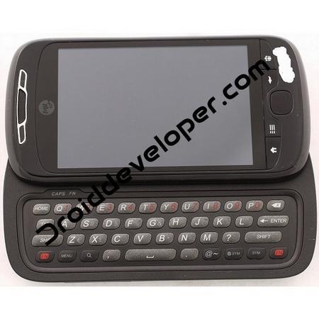 QWERTY klavyeli HTC Espresso'nun fotoğrafları ve bazı özellikleri gündeme geldi