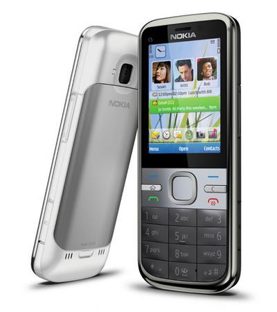 Nokia'dan bütçe dostu ve Symbian v9.3 işletim sistemli cep telefonu; C5
