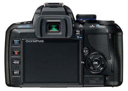 Olympus'dan yeni bir D-SLR kamera daha; E450