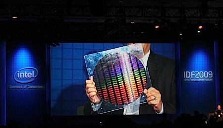 IDF 2009: Intel dünyanın ilk 22nm çalışan yongasını gösterdi