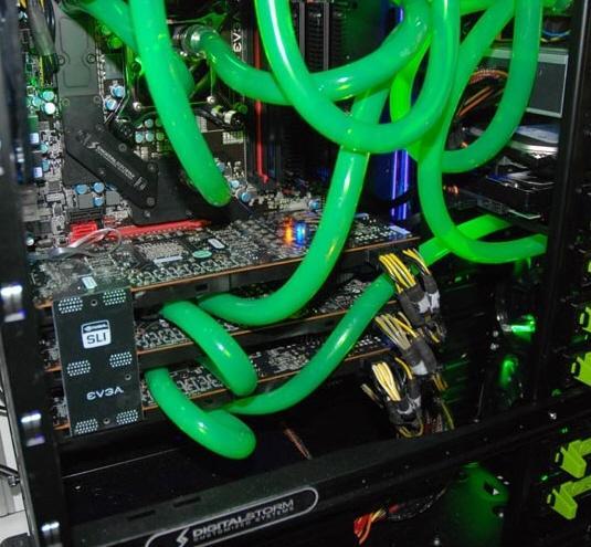 Nvidia, Fermi için 3 yollu SLI gösterimi de yaptı