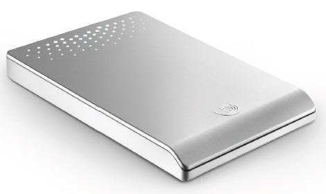 Seagate 640GB kapasiteli harici depolama sürücüsünü kullanıma sunuyor
