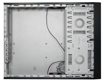 Spire'dan ince tasarımlı yeni bilgisayar kasası; Accelerator