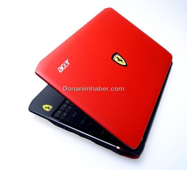 Netbook pistinde bir Ferrari; Acer'dan Ferrari One