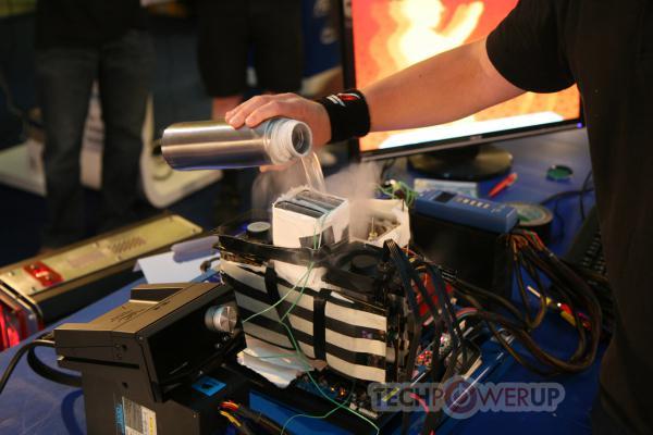Asus MARS GTX 295; Dünyanın en güçlü ekran kartı tekrar detaylandı