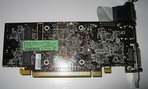 Ve DirectX 11 giriş seviyesinde; AMD'nin Cedar tabanlı referans kartı göründü