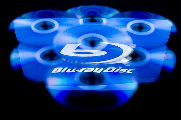 Mevcut Blu-ray oynatıcılar 100GB ve 200GB kapasiteli medyalarla uyumlu değil!