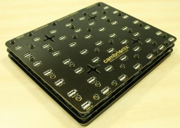 Cambrionix 49 portlu USB çoklayıcısını satışa sundu