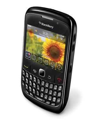 RIM'den Mac'lerle tam uyumlu Blackberry: Curve 8520