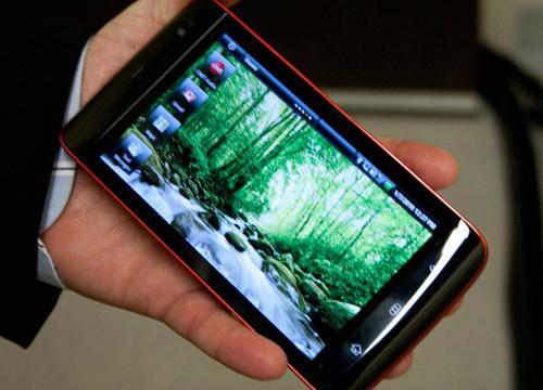 Dell Mini 5, Android işletim sisteminin 1.6'dan yeni bir sürümüyle lanse edilecek
