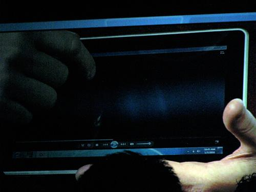 Steve Ballmer, HP'nin Windows 7'li tablet bilgisayarını gösterdi