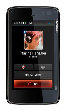 Nokia'nın yeni amiral gemisi: N900