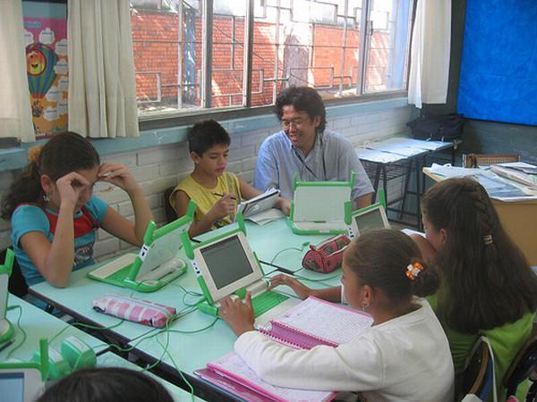 OLPC'den güncelleme; Her çocuğa VIA işlemcili bir bilgisayar!