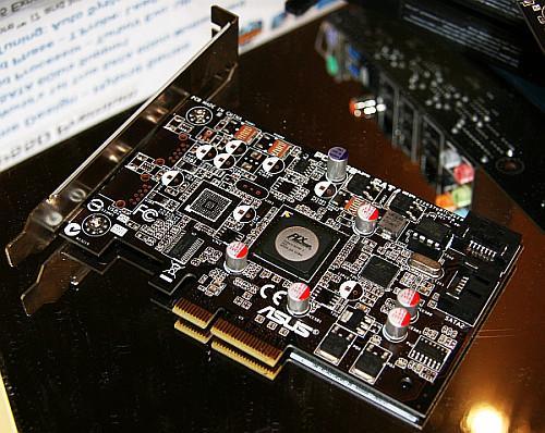 Asus P55 yonga setli anakartlar için opsiyonel SATA-III kartı hazırladı