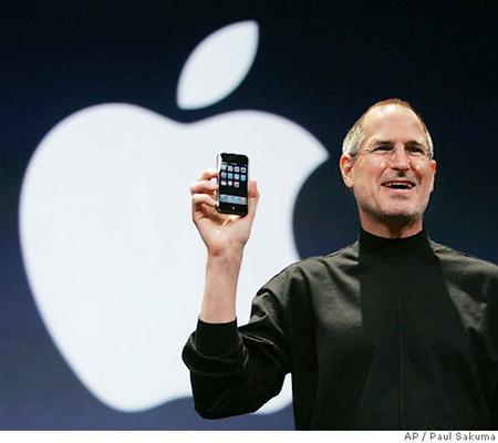 iPhone Japonya'daki başarısını sürdürüyor