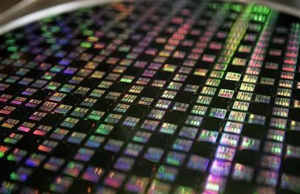 Nvidia 40nm için siparişlerini arttırdı, 28nm ile ilgilenmeye başladı