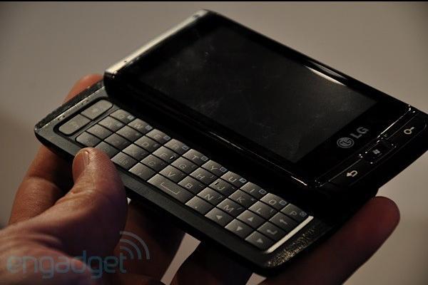 LG'nin Windows Mobile 7'li telefonu göründü