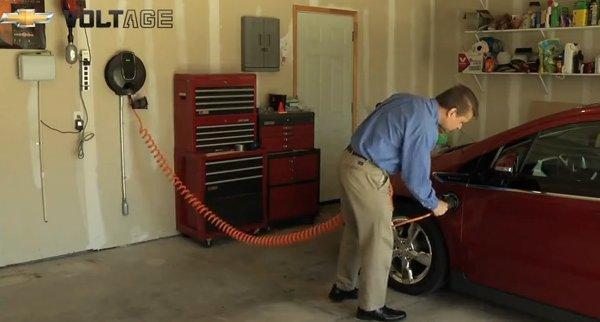 2011 Chevrolet Volt'u Kendi Garajınızda Şarj Edin