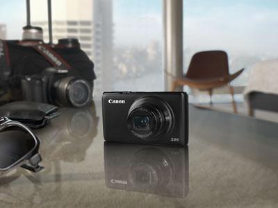 Yeni Canon PowerShot S95 Cebe Sığan Büyük Güç