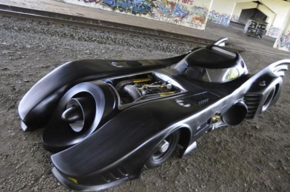 Türbin motorlu Batmobil replikası 620 bin dolara eBay'den satışa sunuldu