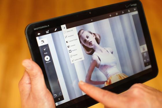 Adobe, tabletlere altı yeni uygulama ve Photoshop Touch ile geliyor