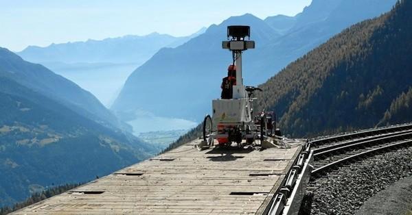 Google Street View İsviçre'de demiryollarını fotoğraflıyor