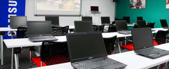 Samsung'dan Afrika için güneş enerjili İnternet Okulu