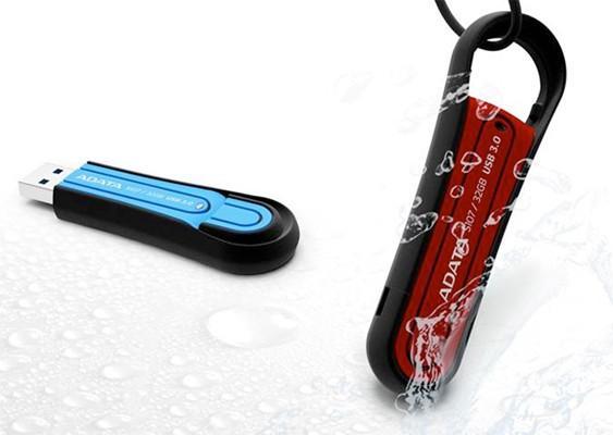 ADATA S107 serisi flash diskler USB 3.0 hızıyla dayanıklılığı birleştiriyor