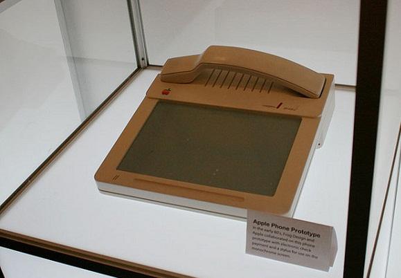 Apple'ın 28 yıl öncesine ait dokunmatik bir sabit telefon prototipi ortaya çıktı