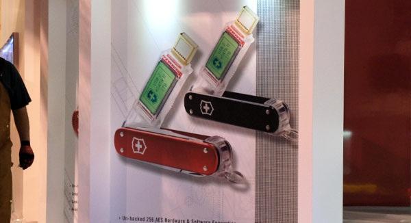 CES 2012 : Victorinox 1TB boyutunda flash belleklerini CES'e getiriyor