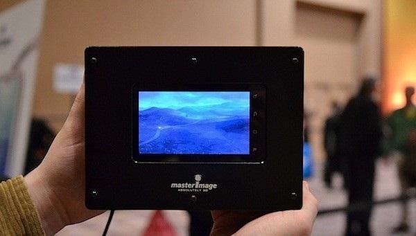 CES 2012 : MasterImage 3D firması 720p çözünürlükte gözlüksüz 3D özellikli akıllı telefon ekranı ve ultra genişletilmiş tablet paneli prototiplerini tanıttı