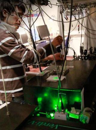Araştırmacılar yarıiletkenleri lazer ışınlarıyla soğutmayı deniyor
