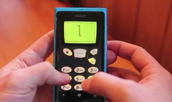 Nokia'nın 1997 yapımı Yılan oyunu Windows Phone'a geldi