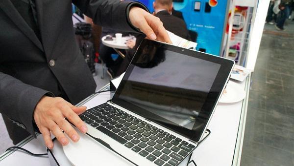 Yitoa firmasından 9.7 inçlik M9704 Android tableti