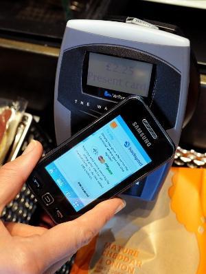Juniper : NFC ödemeleri 2015 yılında 74 milyar dolar olacak
