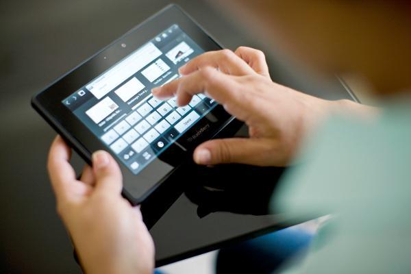 BlackBerry PlayBook 2.1.0 beta sürümü geliştiricilere dağıtılmaya başladı