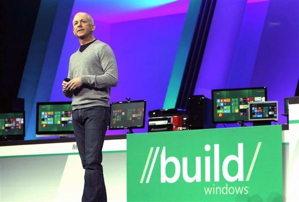 Microsoft, Windows RT lisans bedelini üreticiler için ortalama 85$ olarak belirledi