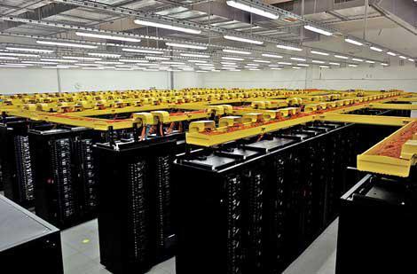 IBM'den dünyanın ilk su soğutmalı süper bilgisayarı