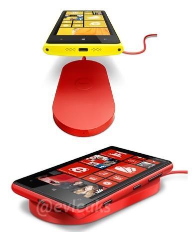 Lumia 920 ve 820 modellerine ait yeni görseller ortaya çıktı