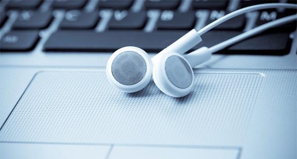 Dijital müzik endüstrisi ABD'de bu yıl 1 milyar satış barajını aştı