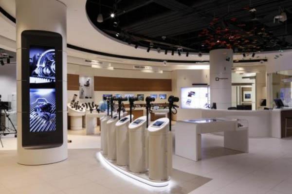 Canon, ilk kullanıcı deneyimi mağazasını Kanada'da açtı