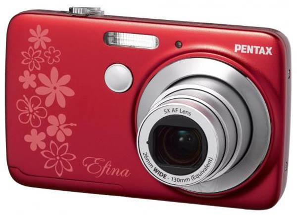 Pentax, Efina isimli yeni fotoğraf makinesini ve K5II/K5IIs için yazılım güncellemesini duyurdu