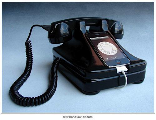 iRetrofone Rotary iPhone Dock ile iPhone'u çevirmeli telefon olarak kullanın