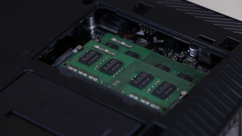 ASUS ROG GR8 Konsol PC inceleme videosu