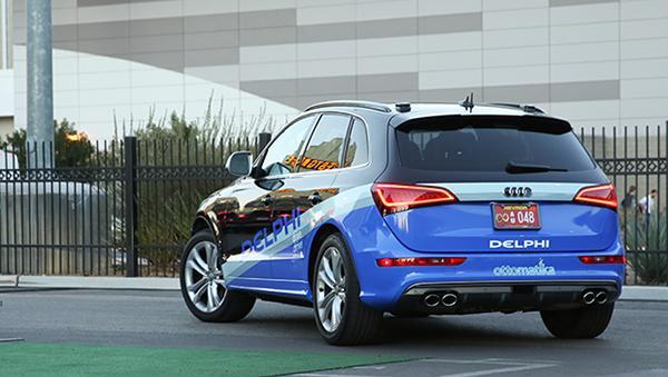 Delphi Otomotiv'in hazırladığı insansız Audi QS5 modeli 5,600 km yol yapmaya başladı