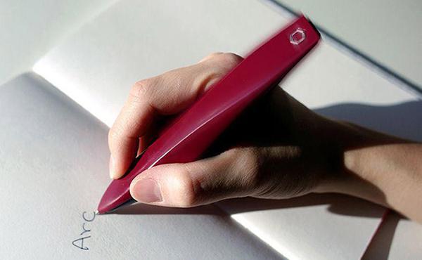 ARC kalem modeliyle Parkinson hastaların yazma kalitesi artıyor